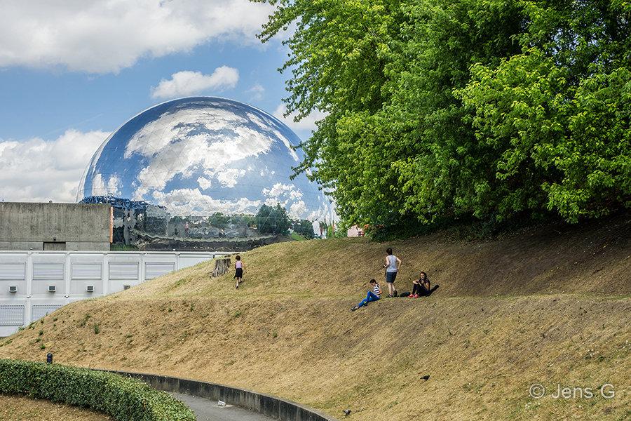 Paris - Parc de la Villette med la Geode